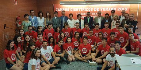 Isabel Celaá y Pedro Duque inauguran los Campus Científicos de Verano 2019