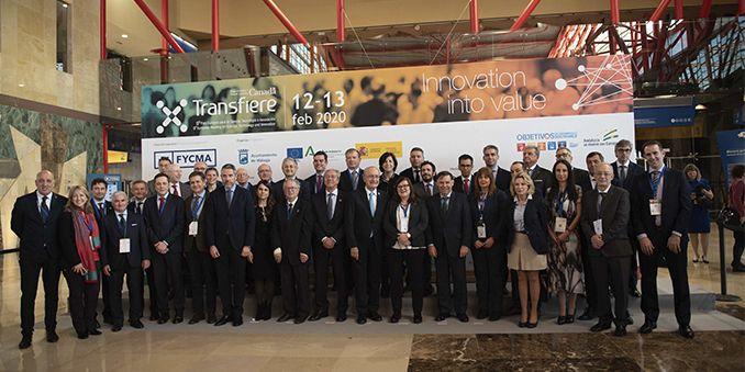 FECYT presenta un análisis sobre la colaboración científica entre  Canadá y España en el foro Transfiere