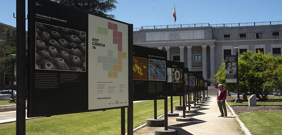 CSIC y FECYT inauguran la exposición FOTCIENCIA16